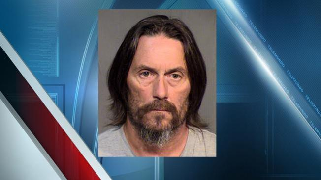 Regresa a cárcel padre acusado de torturar a su hija