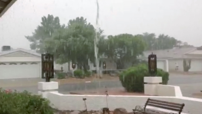 Alerta por lluvias en área de Phoenix