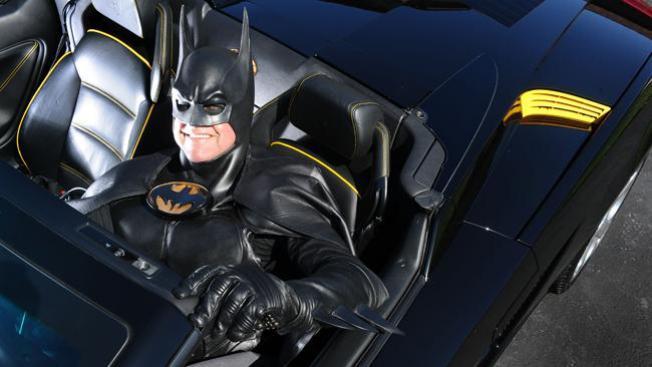 Policía detiene a Batman