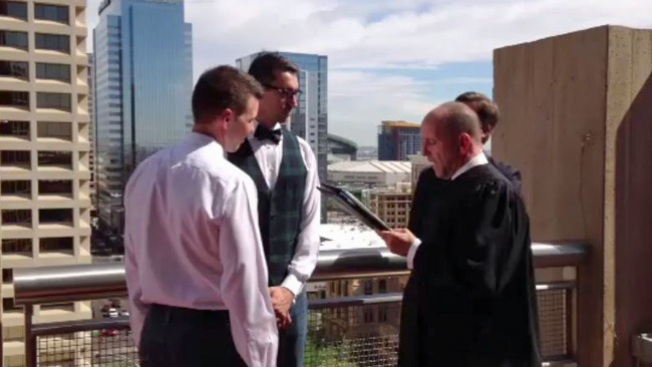 Triunfo para bodas gay en Arizona