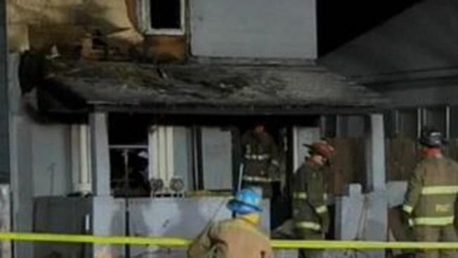Mueren dos bebitos en incendio de casa
