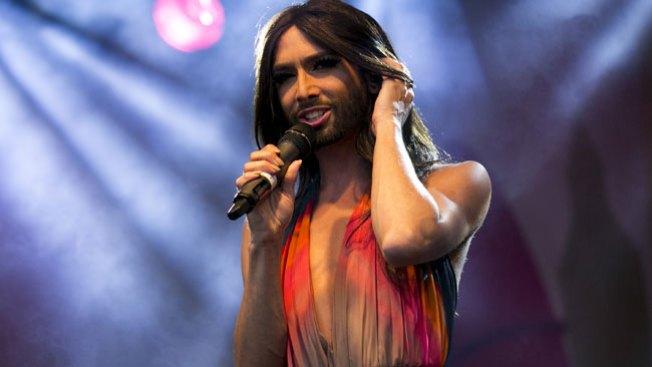 La transexual que cantó en el Parlamento