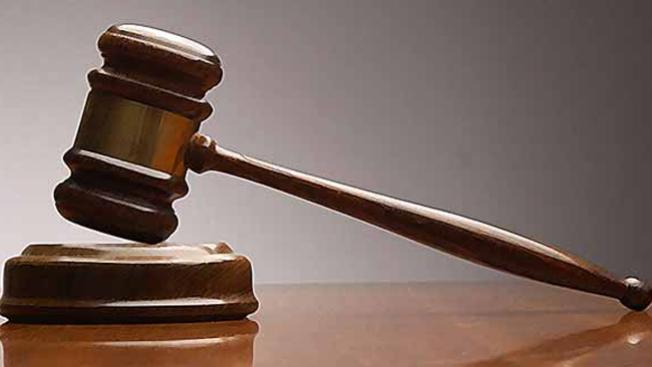 Jurado: Devault es culpable de asesinato