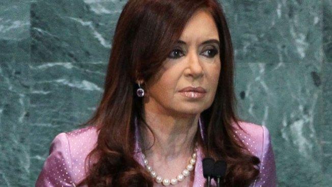 Presidenta argentina sale bien de cirugía