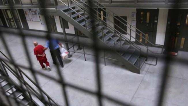 Centro de menores: escapan 30