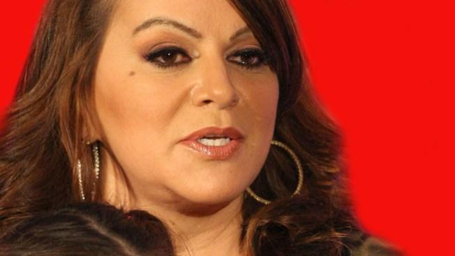 Buscan resolver demandas a Jenni Rivera