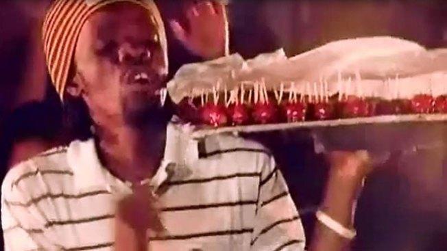 Triunfa con su forma de vender dulces