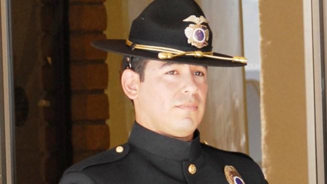 Servicios fúnebres para policía Jair Cabrera