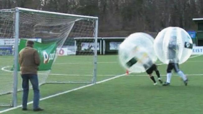 """Así es el """"fútbol burbuja"""""""