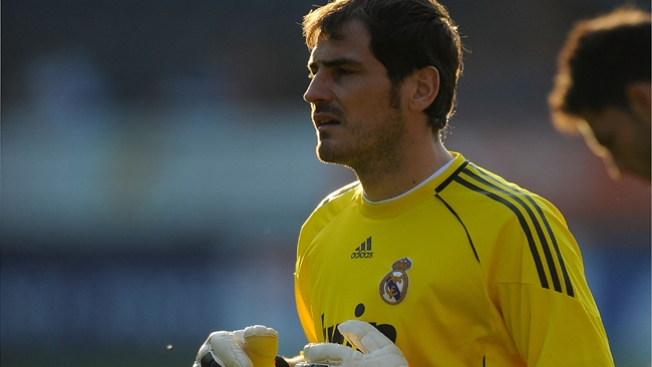 Iker Casillas ¿con las manos en la masa?