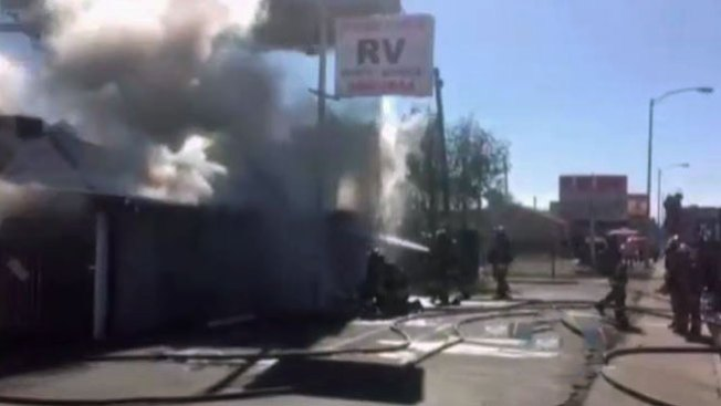 Incendio causa pérdidas en negocio