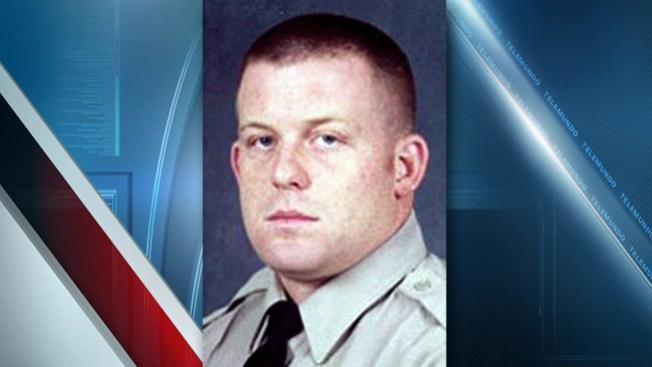 Investigan a oficial que disparó a hombre que cargaba bebé