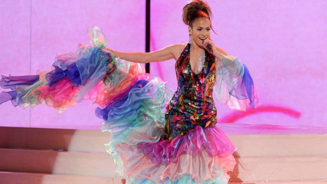 "Jennifer López pone ""salsa"" a los AMA"