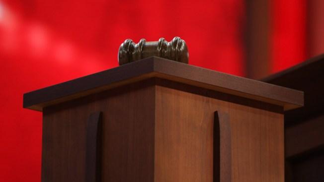 Mirón  de Tucson no irá a la cárcel
