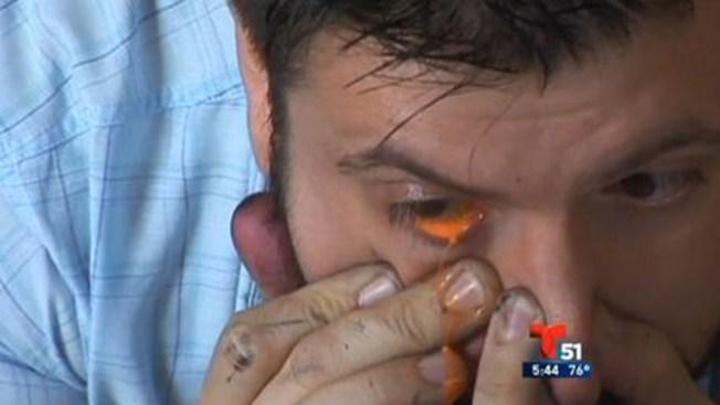 Pintor llora lágrimas en colores