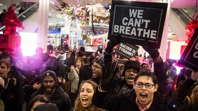 Continúan protestas por violencia policial