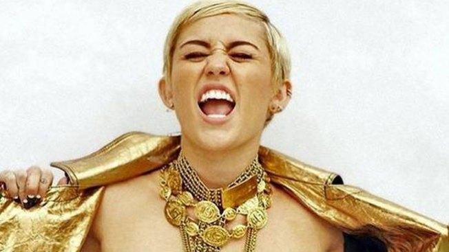 Miley Cyrus compara su uña con genital