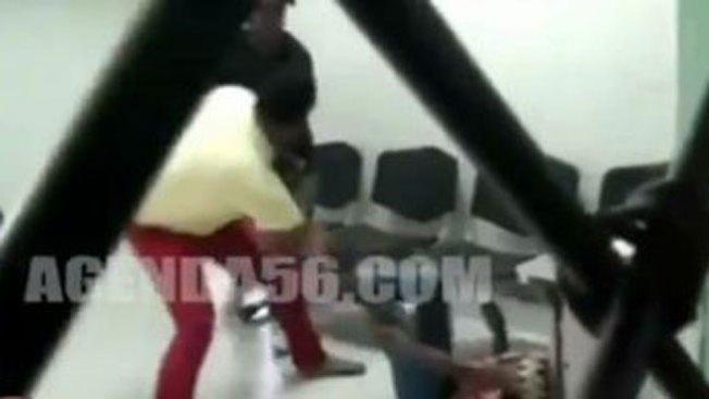 Apuñalan a mujer en vivo en hospital