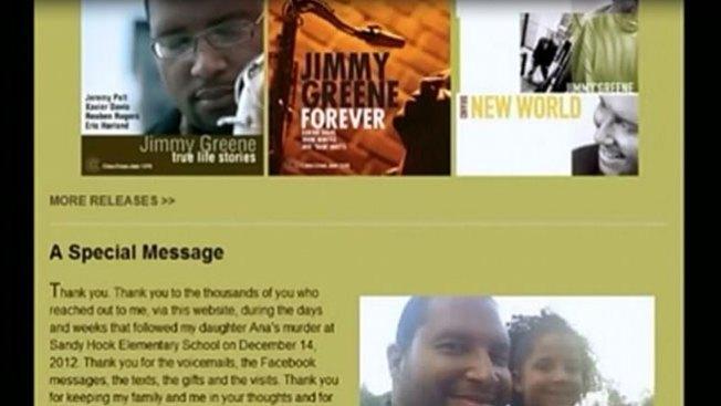 Padre honra a niña muerta en Newtown
