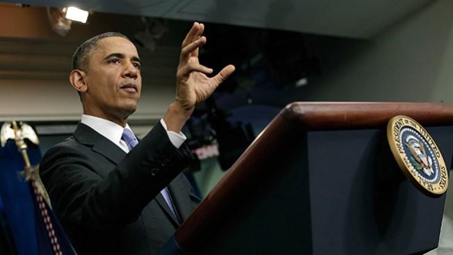 Obama anuncia solución a seguros