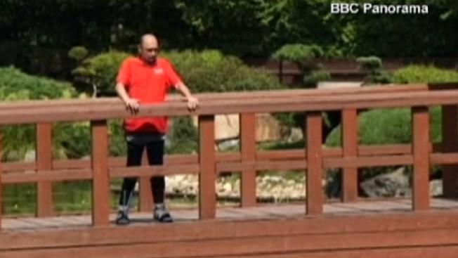 Paralítico logra caminar tras tratamiento