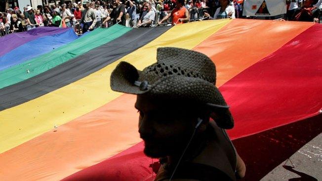 Scottsdale considera ley para gays