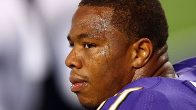 Ray Rice: NFL le da la espalda tras video