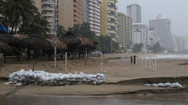 El huracán Raymond amenaza México