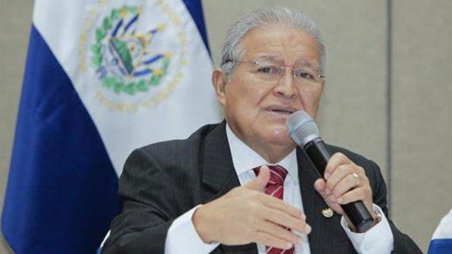 Sánchez Cerén asume presidencia