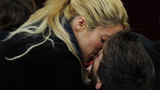 Chantajean a Shakira por video íntimo