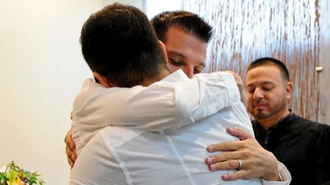 Justicia da más derechos a parejas gay