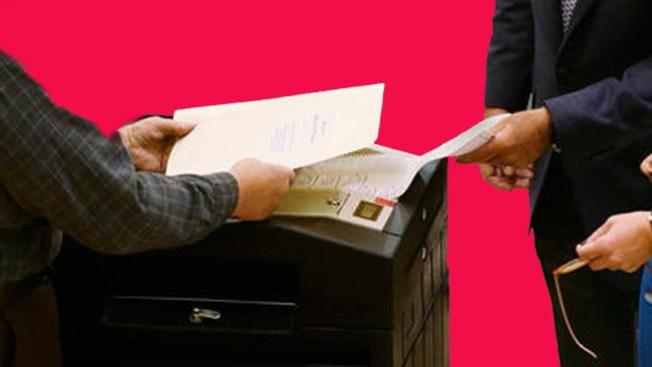 Miles esperan resultados de elecciones
