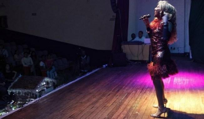 Presas trans abordan su drama carcelario en un show