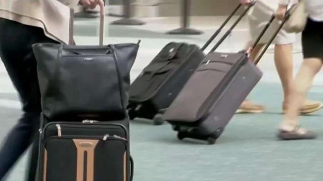 Paquete sospechoso causa cierres en aeropuerto de Phoenix