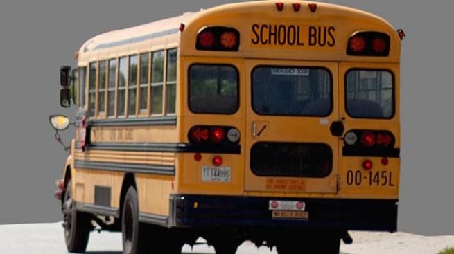 Niños mueren en choque de bus