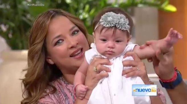 """Adamari regresa a """"Un Nuevo Día"""" con Alaïa"""