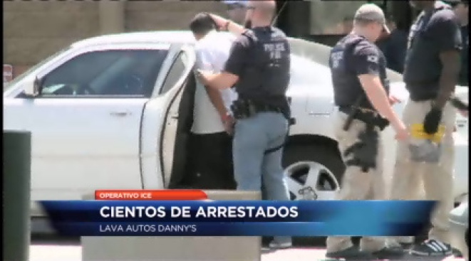 ICE arresta a cientos de trabajadores
